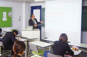 就職説明会の写真イメージ