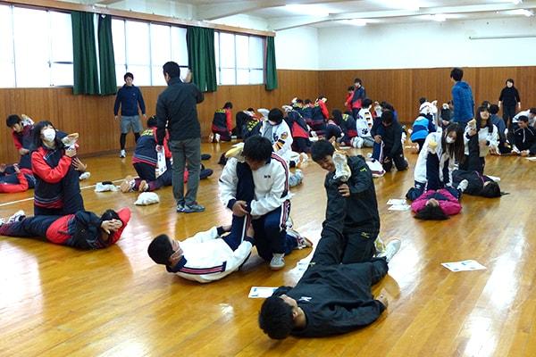 兵庫県立鳴尾高等学校 クラブマネージャー・選手のみなさん